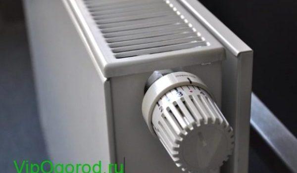 радиатор отопления в доме